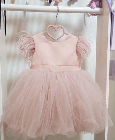 Продам шикарное детское платье