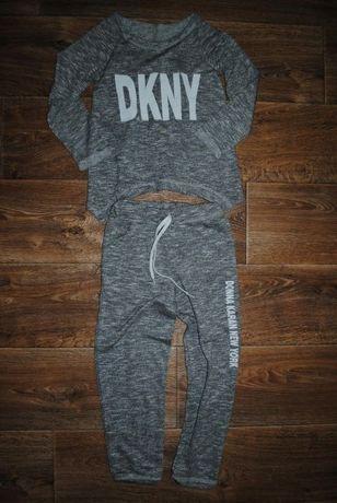 Модный, стильный костюм DKNY для юной модницы