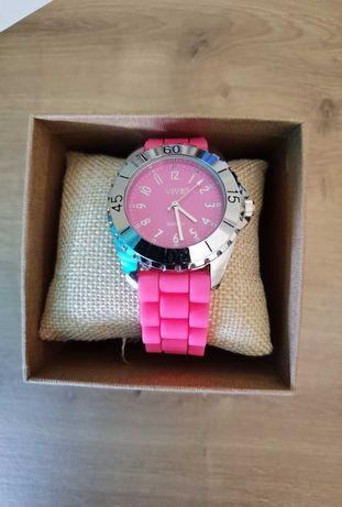 Relógio novo. Sem qualquer uso. Negociável