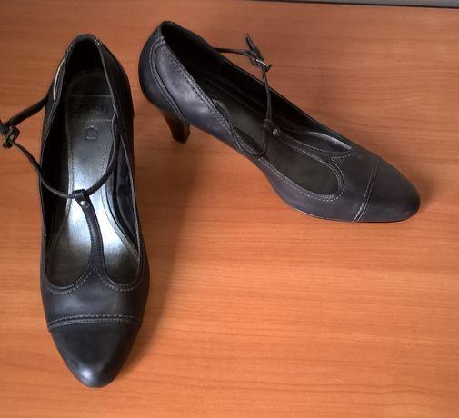 Кожаные туфли черного цвета, размер 40, Esprit