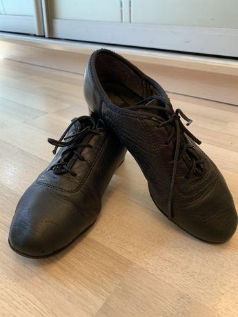 Танцевальные туфли для мальчика,стелька 20 см