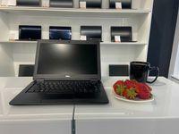 "Laptop Dell E7250 12,5 "" Intel Core i5-5300U 8 GB / 256 GB czarny"
