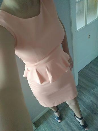Sukienka koktajlowa 36 S