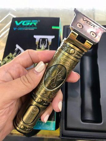 Беспроводная профессиональная машинка для стрижки волос VGR V-085