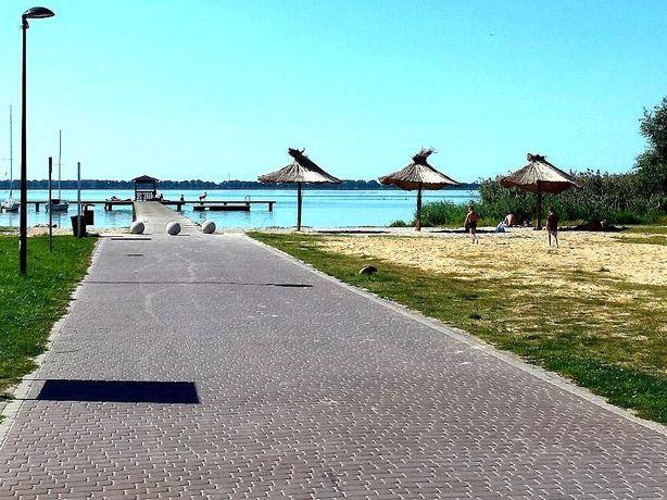 Działka nad jeziorem Miedwie
