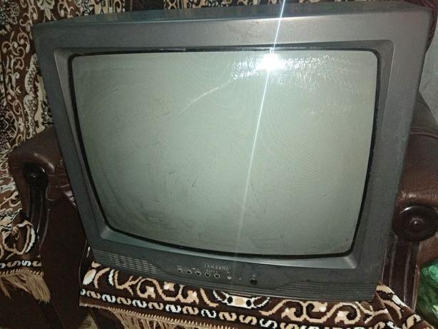 "ТВ Samsung, Tauras, монитор LG 17"""