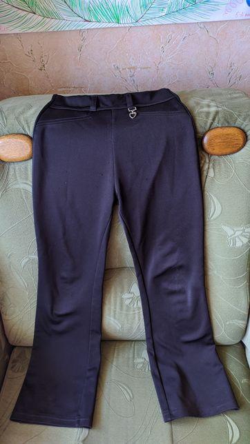 Школьные фирменные брюки, штаны на девочку 7-8-9 лет