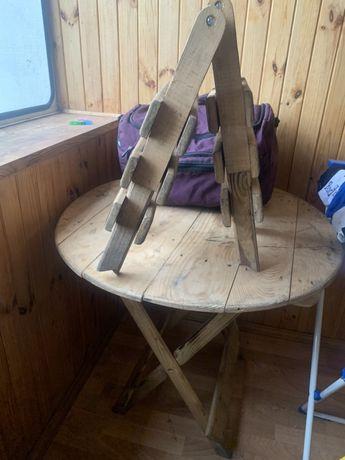 Стол и стулья розкладные