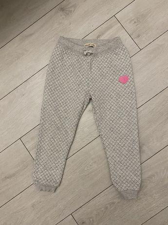 Штаны для девочки 6-7 лет. Брюки,джинсы,обувь,платье