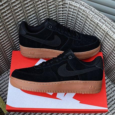 "Nike Air Force 1 07 SE "" Black Gum ''"