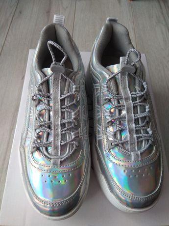 Nowe sneakersy Catwalk na grubej podeszwie w r.37.