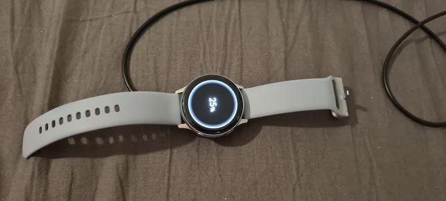 Smartwatch SAMSUNG Galaxy Watch Active 2 SM-R830N 40mm Aluminium Srebr