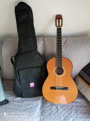 Guitarra clássica Admira Paloma