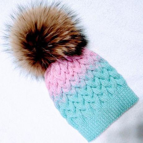 Нежная вязаная шапка шапочка Зефирка для девочки ручная работа