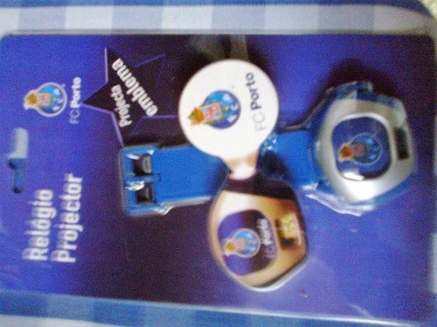 Relógio projector emblema do Porto