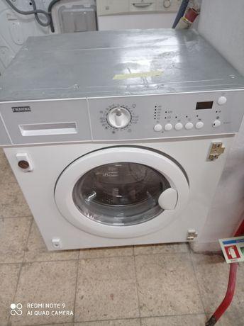 Máquina lava e seca encastre