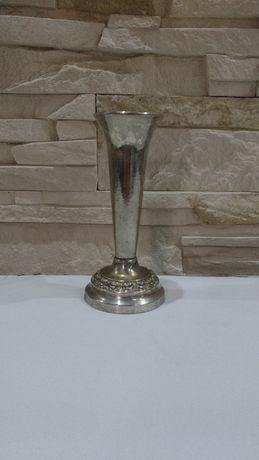 Posrebrzany stary wazon świecznik