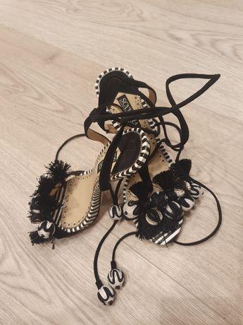 Piękne sandały boho nowe marki sciavola