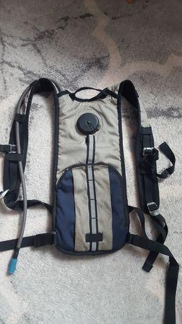 Plecak sportowy ze zbiornikiem na wodę