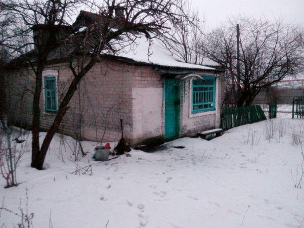 Дом с участком земли