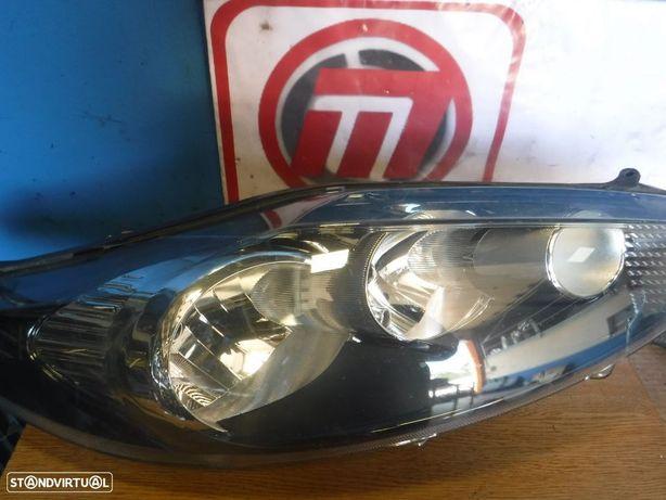 Ótica farol Ford Fiesta 08-12 Direito