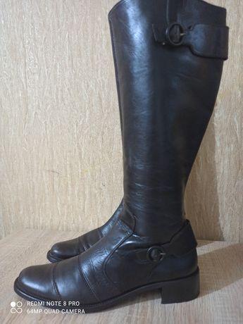 Сапоги демисезонные женские 42-43 29см.кожаные.paul green.