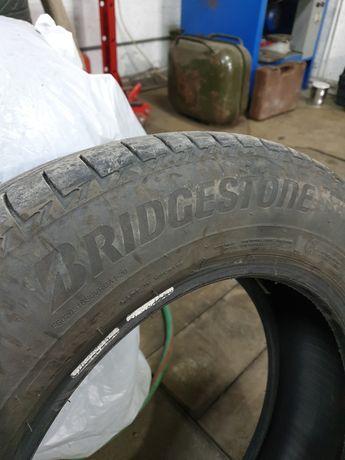 Продам летнюю резину Bridgestone 205/65/16