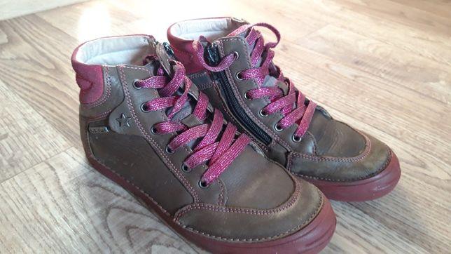 Кожанные демисезонные ботинки для девочки