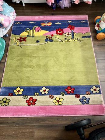 Dywan Smyk Wiosenna łąka zielono różowy dla Dzieci