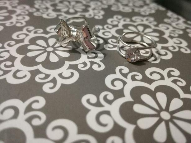 Kolczyki nauszniki srebrne kokardka i diament