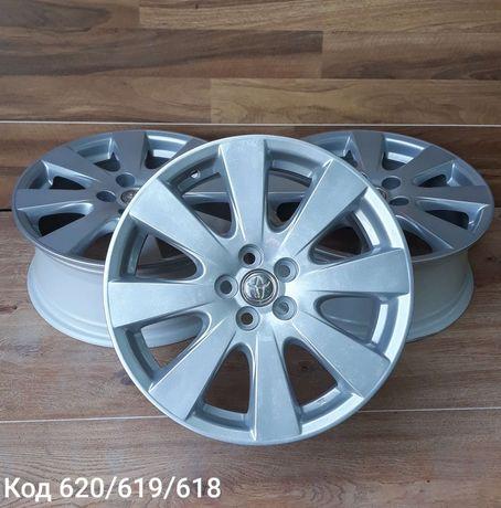 Оригінальні легкосплавні диски Toyota R17 5x100 ET 45