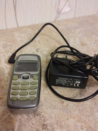 Мобильный телефон ALKATEL