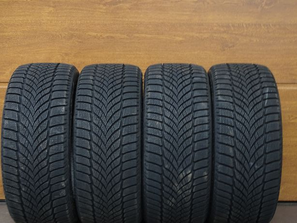 Goodyear UltraGrip Ice2 R18 225/40 2020r 92T