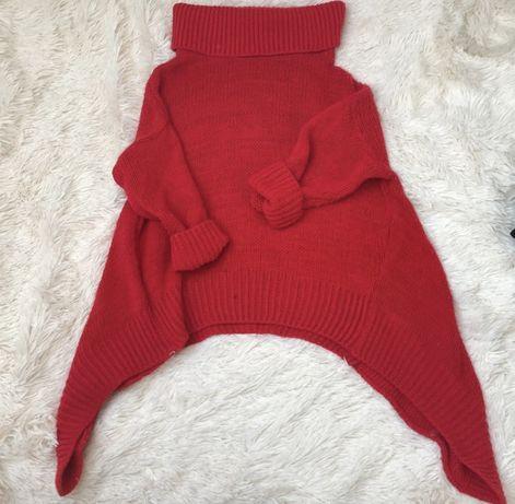 Czerwony sweter z golfem M/L
