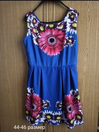 Продам платья 44-46 размер