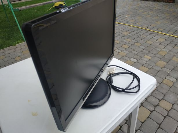 Монитор Samsung 226bw