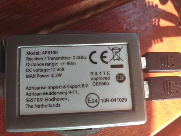 Transmiter 2.4 G hz.