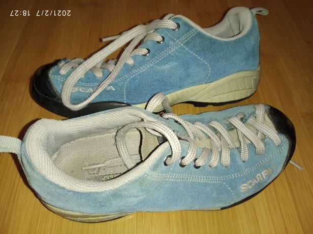 Продам детские кроссовки SCARPA 33 размер