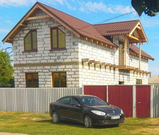 Продам дом в центре Беловодска