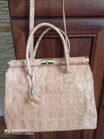 Nowa torba. Torebka włoska ze skóry.