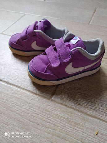 Кеди, кросівки Nike