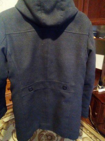 Мужское зимнее пальто очень теплое почти новое