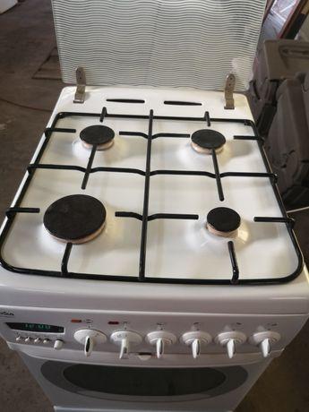 Kuchenka piecyk gazowo - elektryczna Amica
