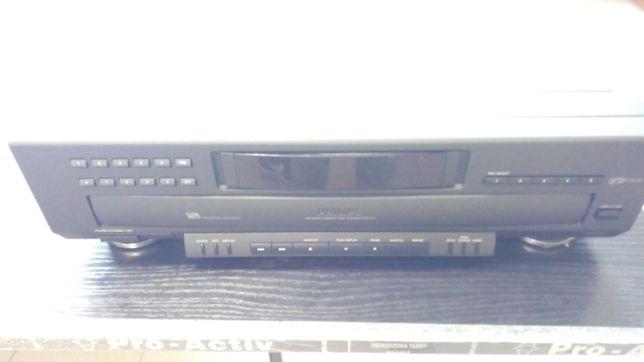 Odtwarzacz płyt CD PHILIPS CDC 916/00S