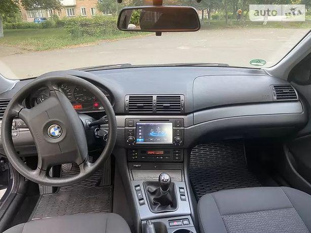Автомобіль BMW 318i