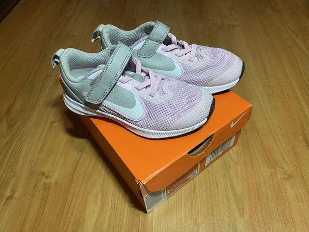 Buty dzieciece Nike Revolution 4 - rozmiar 28