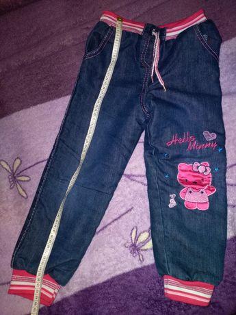 Тёплые зимние джинсы на травке для девочки р 104-110 на 4- 5 лет