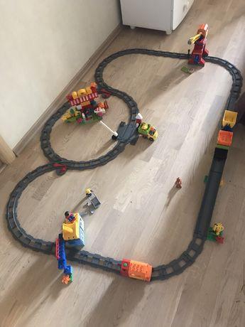 LEGO DUPLO Deluxe Большой поезд + дополнительный набор рейсов+суперм