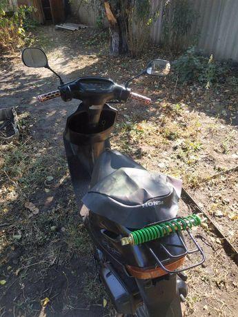 Продам скутер в хорошем состоянии, срочно