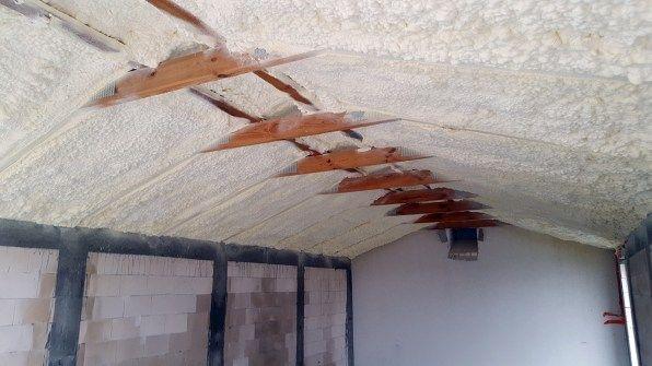 Ocieplanie Ocieplenie Izolacja dachu poddasza ścian piana pianka PUR